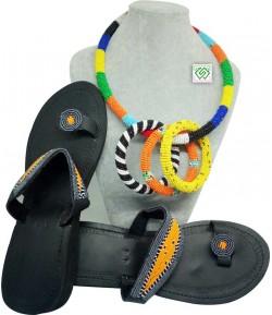Collier en perle avec bracelet + une chaussure